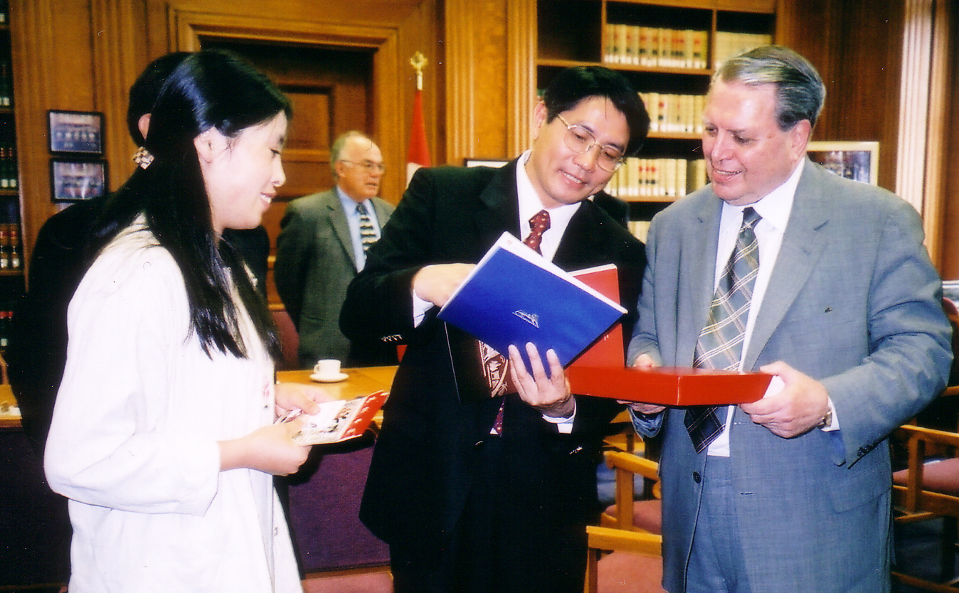 china-judges-of-marine-affairs-delegations-visit-to